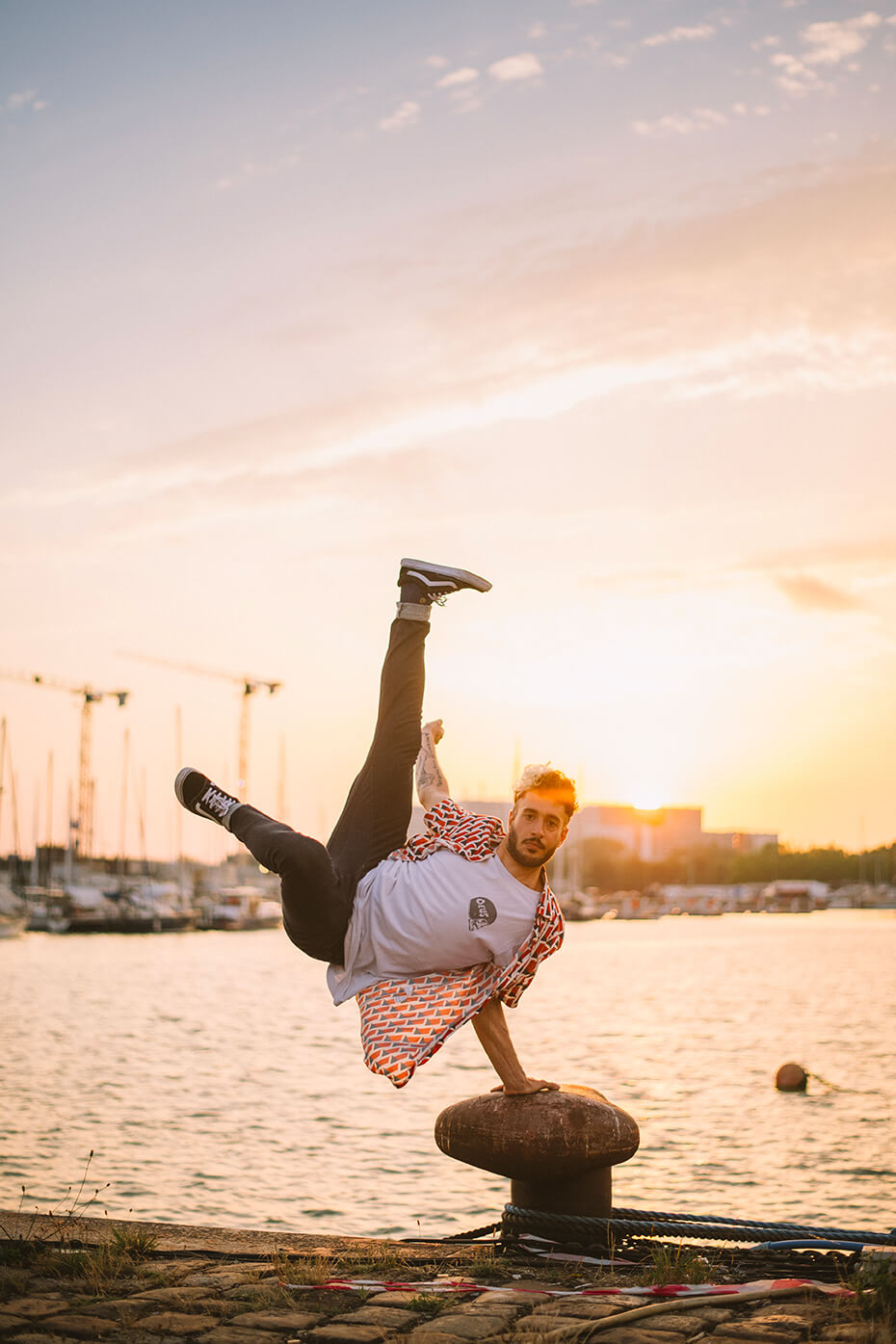 Photographie de danse d'Aurélien Vaudrey par Laura Van Puymbroeck