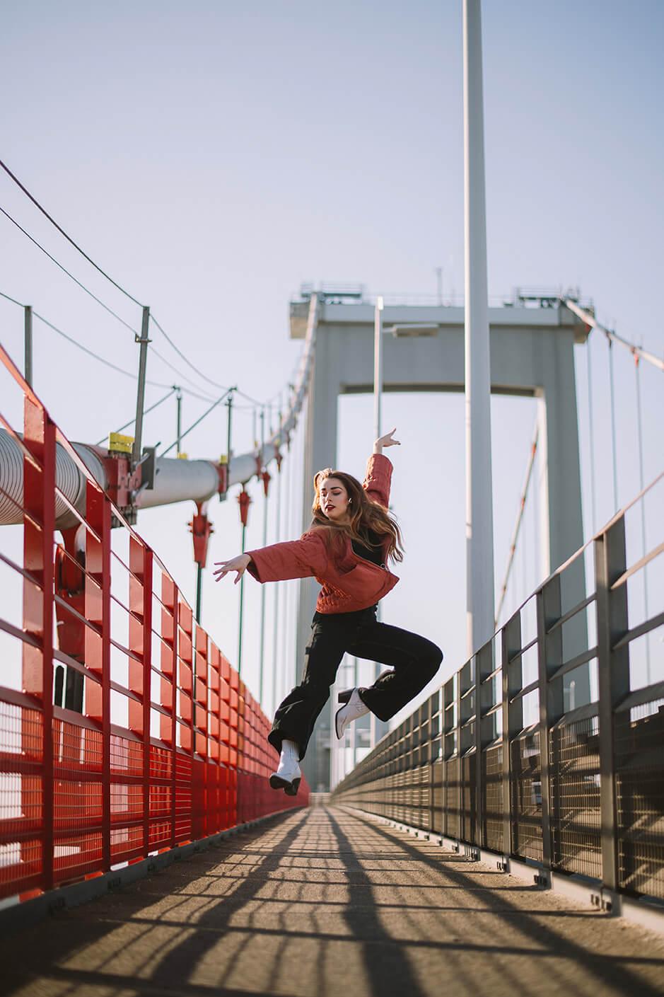 Photographie de danse d'Axelle Chagneau par Laura Van Puymbroeck