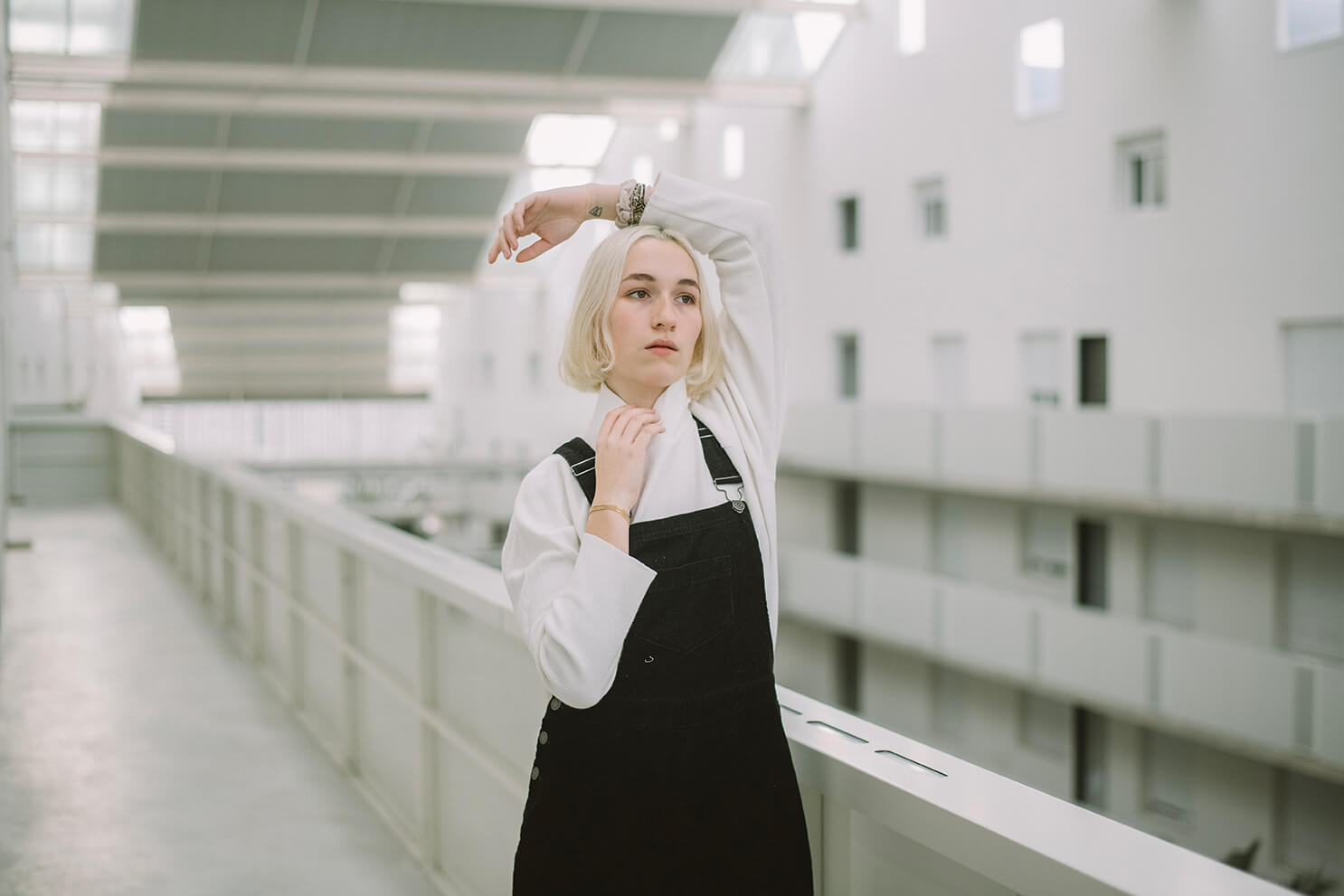 Photographie de portrait de Lena par Laura Van Puymbroeck