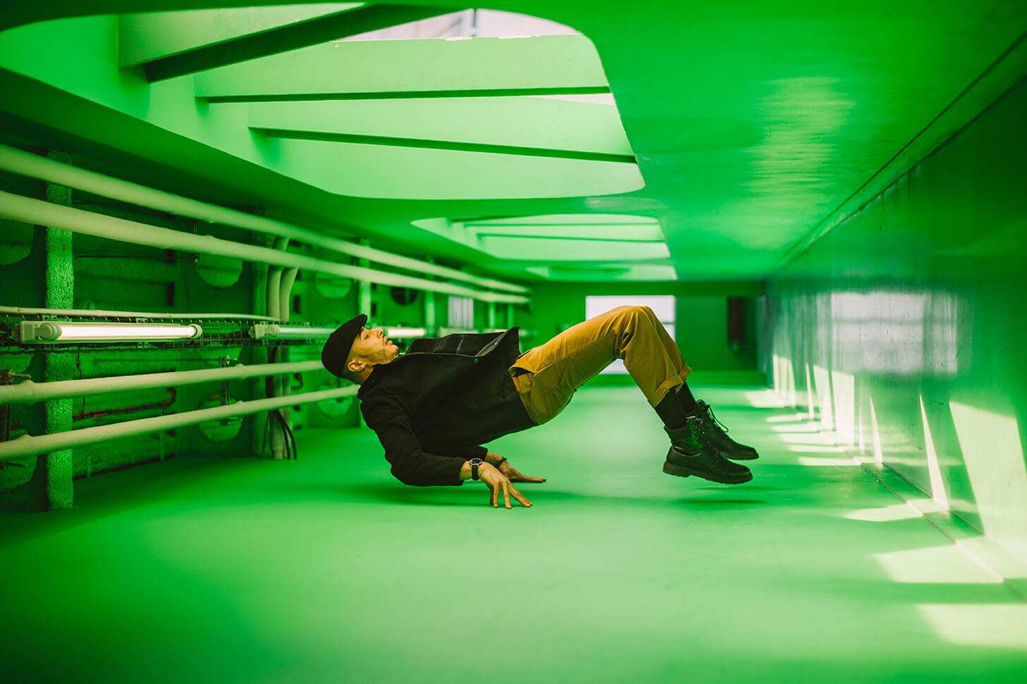 Photographie de danse de Medhy Med par Laura Van Puymbroeck