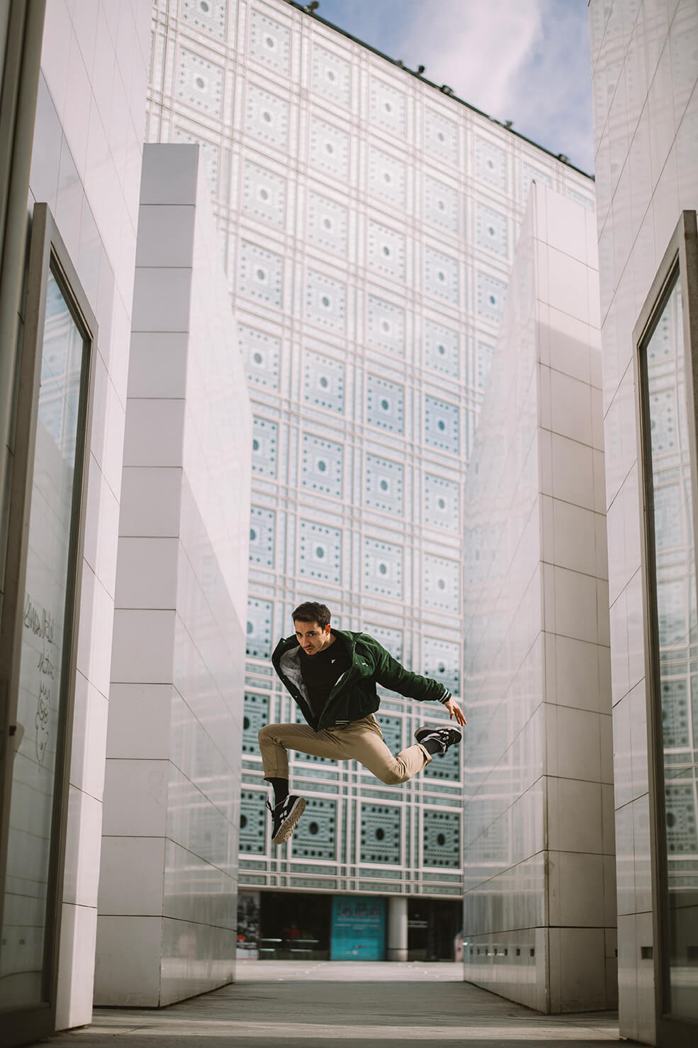 Photographie de danse d'Alexandre Gastoud par Laura Van Puymbroeck