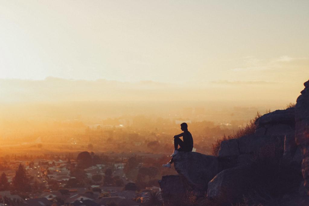 La résilience et la confiance en soi : des clés pour garder la tête haute !